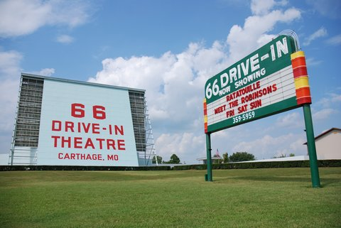 La 66 Drive-in Theater de Carthage.