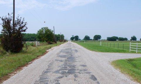 "La ""9 feet highway""."