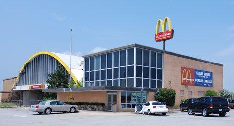Le plus grand McDonald's du monde se trouve à Vinita, Oklahoma !