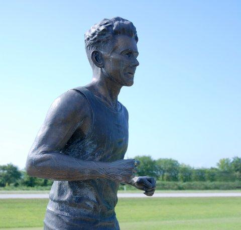 La statue d'Andy Payne, à Foyil.