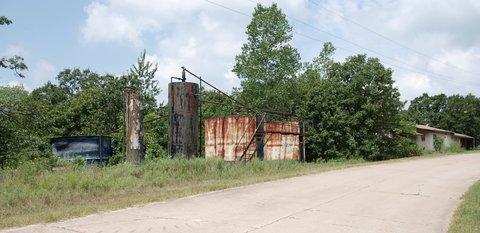 """La """"Tank Farm"""" près de Sapulpa."""