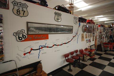 Le Route 66 Auto Museum à Santa Rosa.