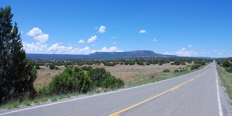 La Route 66 dans les immensités du Nouveau-Mexique