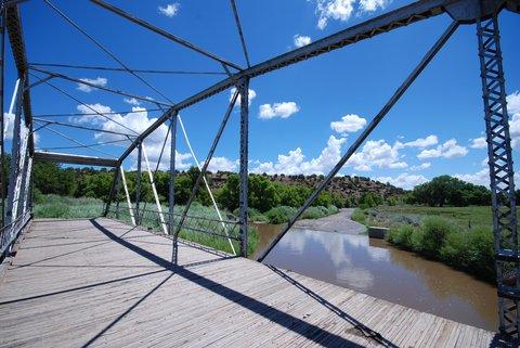 Un pont abandonné dans le village de San Jose