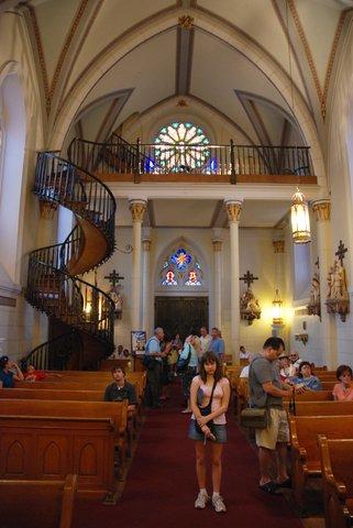 """La chapelle Loretto et son fameux """"escalier miraculeux"""""""