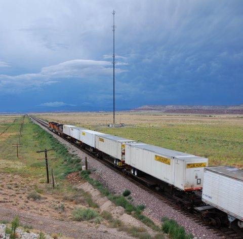 Le Nouveau-Mexique : ses grands espaces, ses trains interminables et ses ciels fascinants !