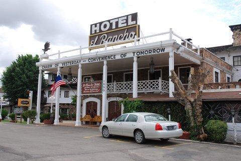 L'hôtel El Rancho, à Gallup.