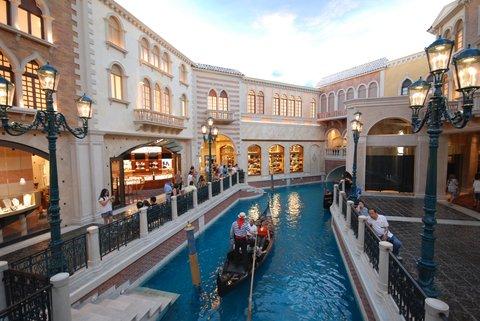 Le Venetian et ses gondoles