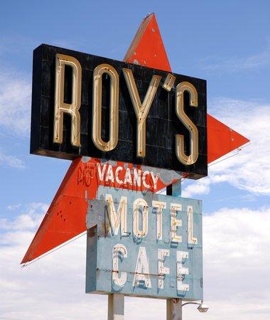 L'enseigne du Roy's Motel Café.