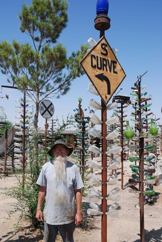 Elmer Long et son Bottle Tree Ranch
