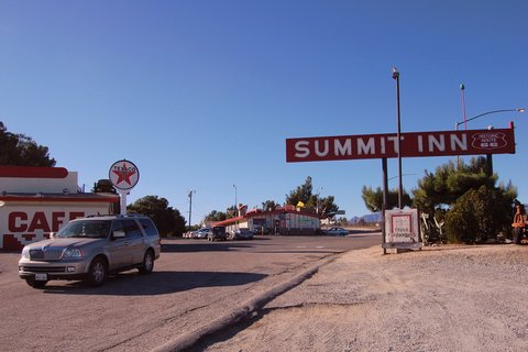 La Summit Inn (photo CC Flickr/danpadilla)