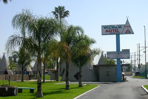 Le Wigwam Motel de Rialto/San Bernardino (photo CC Flickr/Boortz47)