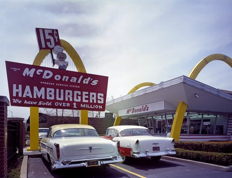 Réplique du restaurant McDonald's ouvert en 1955 par Ray Kroc près de Chicago, Illinois (© Carol M. Highsmith Archive-Library of Congress)