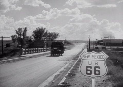 """La Route 66 dans le film """"Les Raisins de la Colère"""" de John Ford (1940)."""