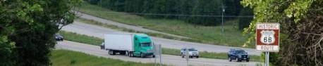 La Route 66 joue à cache-cache avec l'Interstate 44.